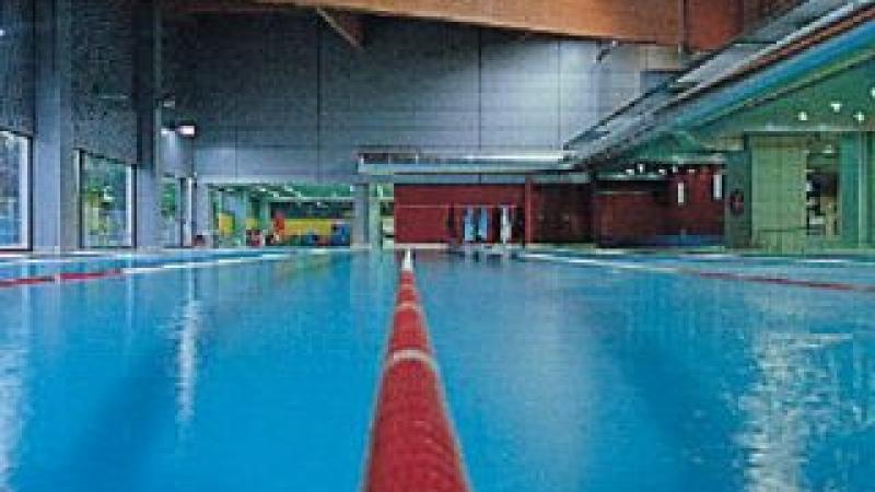 Piscina Esterne e Interne a Sfioro: Centro Sportivo Millennium - Piscina Olimpionica