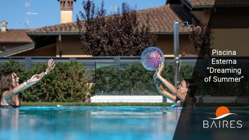 La piscina esterna perfetta per l'estate: Dreaming of Summer